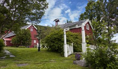 Røkenes Manor and Guesthouse